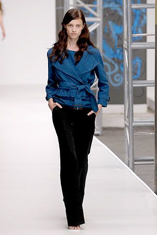 Aquascutum Spring 2007 Ready-to-wear Collections 0002