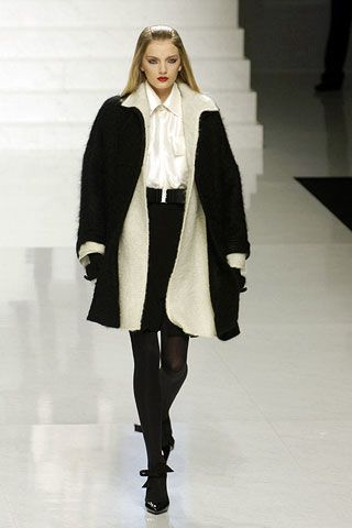 Valentino Fall 2006 Ready-to-Wear Collections 0002