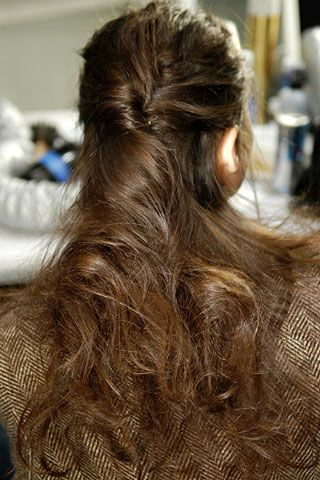 Max Azria Fall 2006 Ready-to-Wear Backstage 0001