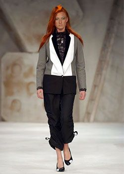 Gibo Spring 2003 Ready-to-Wear Collection 0001