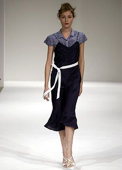 Nicole Farhi Spring 2003 Ready-to-Wear Collection 0001
