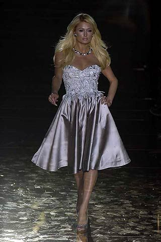 Julien MacDonald Fall 2006 Ready-to-Wear Collections 0001
