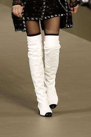 Chanel Fall 2006 Ready-to-Wear Detail 0001