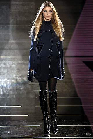 Versace Fall 2006 Ready-to-Wear Collections 0001