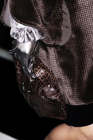 Emporio Armani Fall 2006 Ready-to-Wear Detail 0001