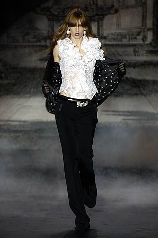 Mariella Burani Fall 2006 Ready-to-Wear Collections 0001
