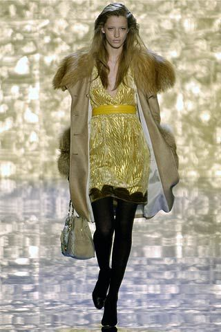 Blumarine Fall 2006 Ready-to-Wear Collections 0001