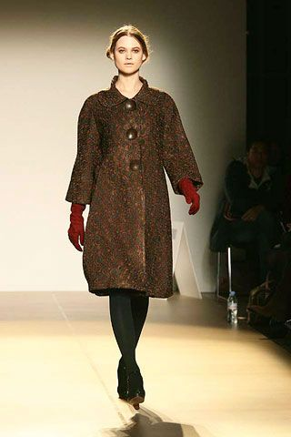 Nicole Farhi Fall 2006 Ready-to-Wear Collections 0001