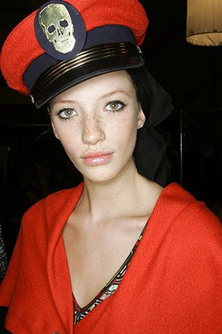 Alexandre Herchcovitch Spring 2007 Ready-to-wear Backstage 0002
