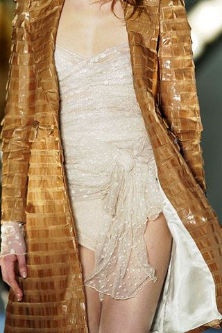 Anna Molinari Fall 2006 Ready-to-Wear Detail 0001