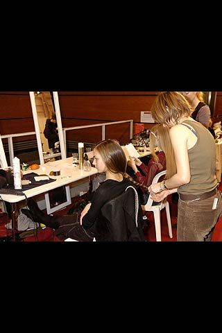 Andrew Gn Fall 2006 Ready-to-Wear Backstage 0001