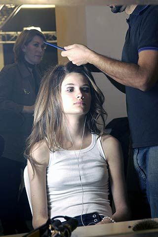 Loewe Fall 2006 Ready-to-Wear Backstage 0001