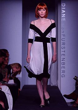 Diane von Furstenberg Spring 2003 Ready-to-Wear Collection 0001