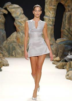 Jeremy Scott Spring 2003 Ready-to-Wear Collection 0001