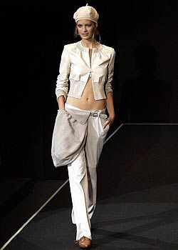 Emporio Armani Spring 2003 Ready-to-Wear Collection 0001