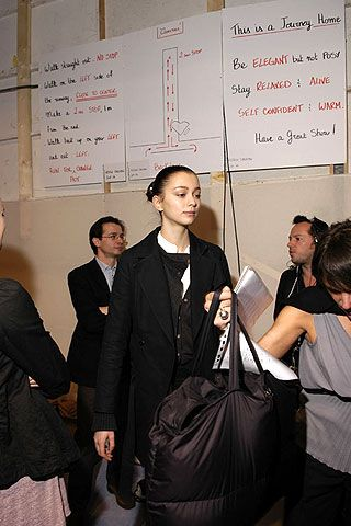 Hussein Chalayan Fall 2006 Ready-to-Wear Backstage 0001