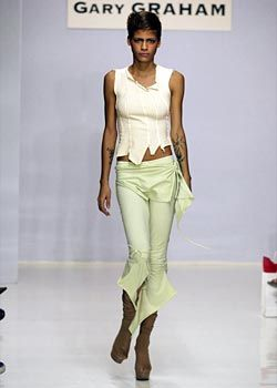 Gary Graham Spring 2003 Ready-to-Wear Collection 0001