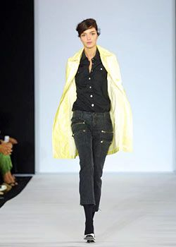 Marc by Marc Jacobs Spring 2003 Ready-to-Wear Collection 0001