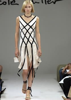 Nicole Miller Spring 2003 Ready-to-Wear Collection 0001