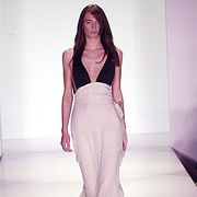 Vera Wang Spring 2003 Ready-to-Wear Collection 0001