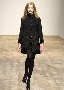 Anna Molinari Fall 2003 Ready-to-Wear Collections 0001
