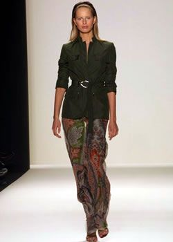 Carolina Herrera Spring 2003 Ready-to-Wear Collection 0001