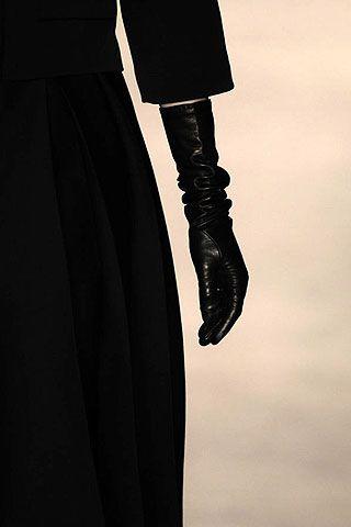 Giambattista Valli Fall 2006 Ready-to-Wear Detail 0001