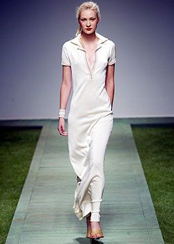Laura Biagiotti Spring 2003 Ready-to-Wear Collection 0001