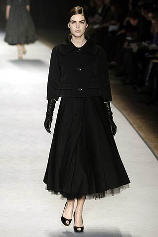 Giambattista Valli Fall 2006 Ready-to-Wear Collections 0001