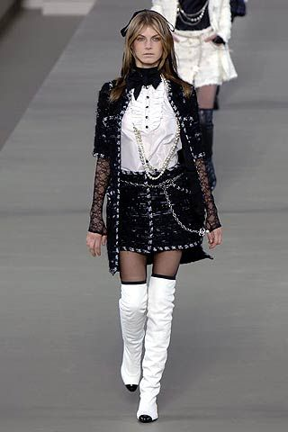 Chanel Fall 2006 Ready-to-Wear Collections 0001