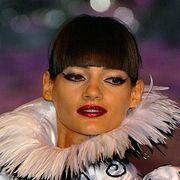 Franck Sorbier Fall 2006 Haute Couture Detail 0001