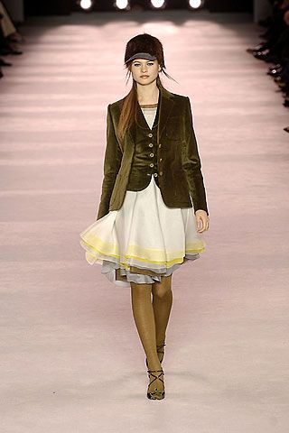 Nina Ricci Fall 2006 Ready-to-Wear Collections 0001