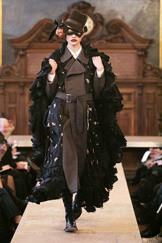 Comme des Garcons Fall 2006 Ready-to-Wear Collections 0001