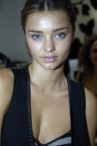 James Coviello Spring 2007 Ready-to-wear Backstage 0001