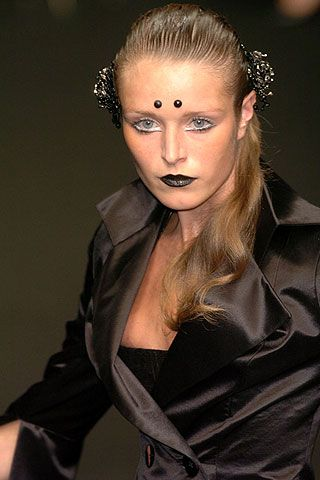 Eymeric Francois Fall 2006 Haute Couture Detail 0001