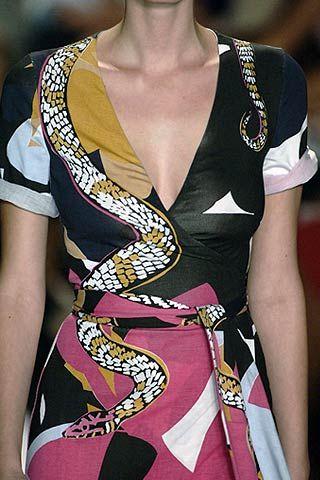 Diane von Furstenberg Spring 2007 Ready-to-wear Detail 0001