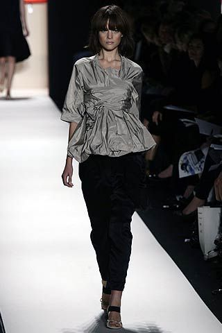Vera Wang Spring 2007 Ready-to-wear Collections 0001