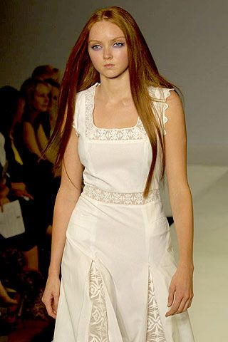Allegra Hicks Spring 2007 Ready-to-wear Collections 0001