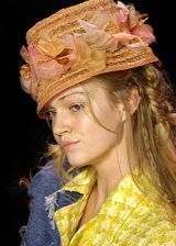 John Galliano Spring 2005 Ready-to-Wear Detail 0002