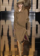 Vivienne Westwood Fall 2005 Ready-to-Wear Collections 0003