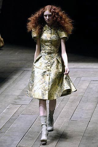 Alexander McQueen Fall 2006 Ready-to-Wear Collections 0003