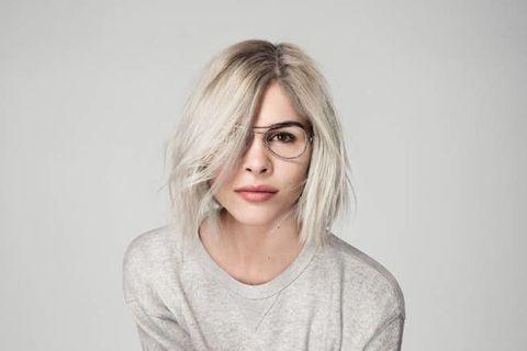 Lip, Glasses, Cheek, Hairstyle, Sleeve, Forehead, Shoulder, Eyebrow, Eyelash, Jaw,