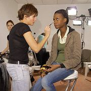 Yves Saint Laurent Spring 2007 Ready-to-wear Backstage 0001