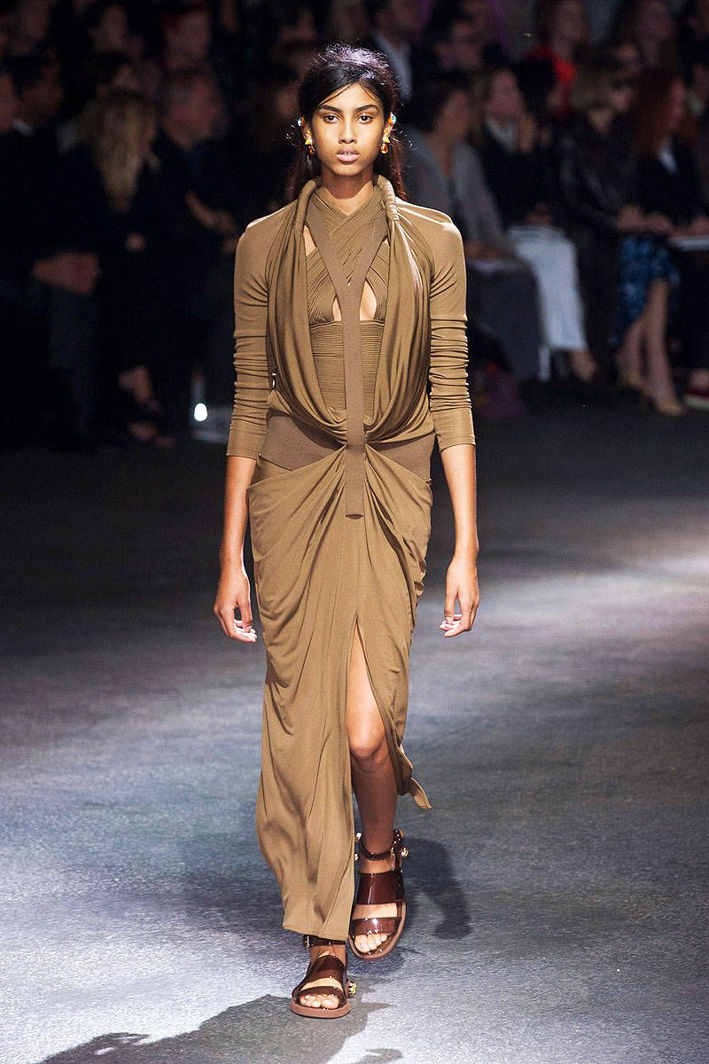 Givenchy Collections   Givenchy Runway Show Archive