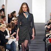 Diane von Furstenberg Fall 2003 Ready-to-Wear Collections 0001
