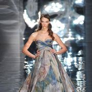 Dress, Gown, Formal wear, Style, Fashion model, Costume design, Fashion, Fashion show, Haute couture, Model,