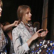Textile, Hand, Pattern, Fashion, Bag, Street fashion, Curtain, Long hair, Blond, Layered hair,