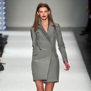 Clothing, Sleeve, Fashion show, Shoulder, Human leg, Joint, Outerwear, Collar, Formal wear, Fashion model,