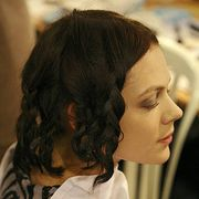Hairstyle, Shoulder, Style, Jaw, Black hair, Neck, Eyelash, Brown hair, Portrait, Portrait photography,
