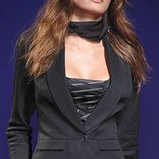 Clothing, Collar, Sleeve, Outerwear, Style, Fashion model, Formal wear, Blazer, Fashion, Neck,